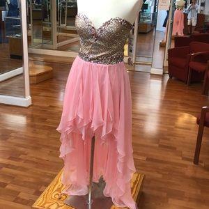 ⭐️SOLD⭐️ Pink prom dress with rhinestones